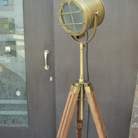 Natural Design Brass 3 Fold Searchlight Focus Floor Lamp Tripod